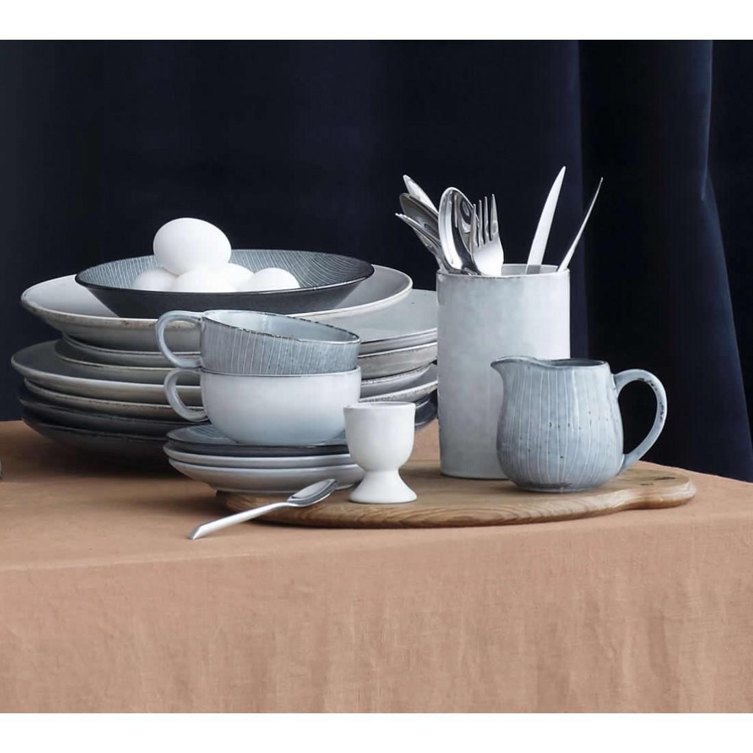 broste nordic sand pastabord. Black Bedroom Furniture Sets. Home Design Ideas