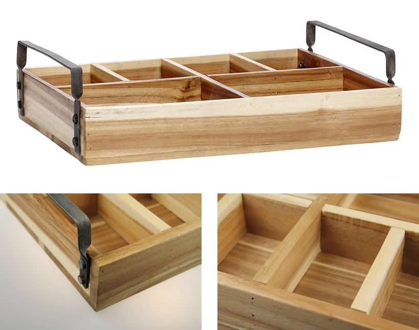 Als organizer op je buro of hobbytafel is deze stevige doos met vakken ...