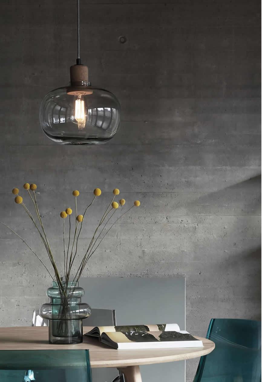 Hubsch hanglamp van glas en kurk