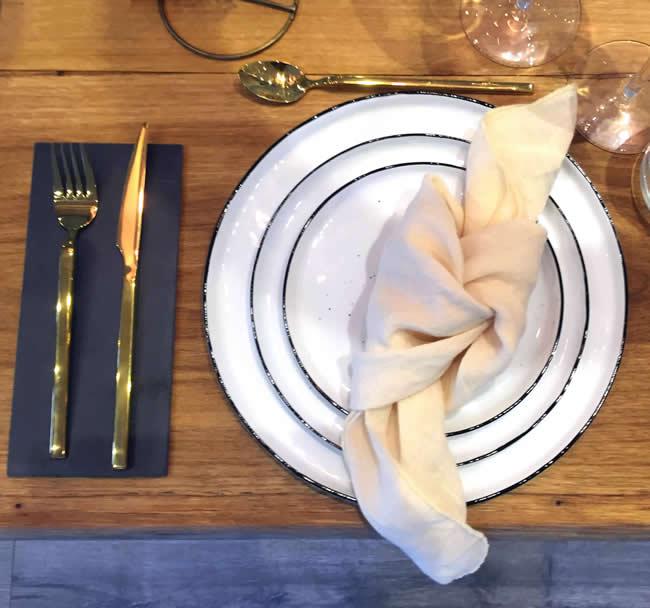 Salt servies van Broste Copenhagen bij Homezy