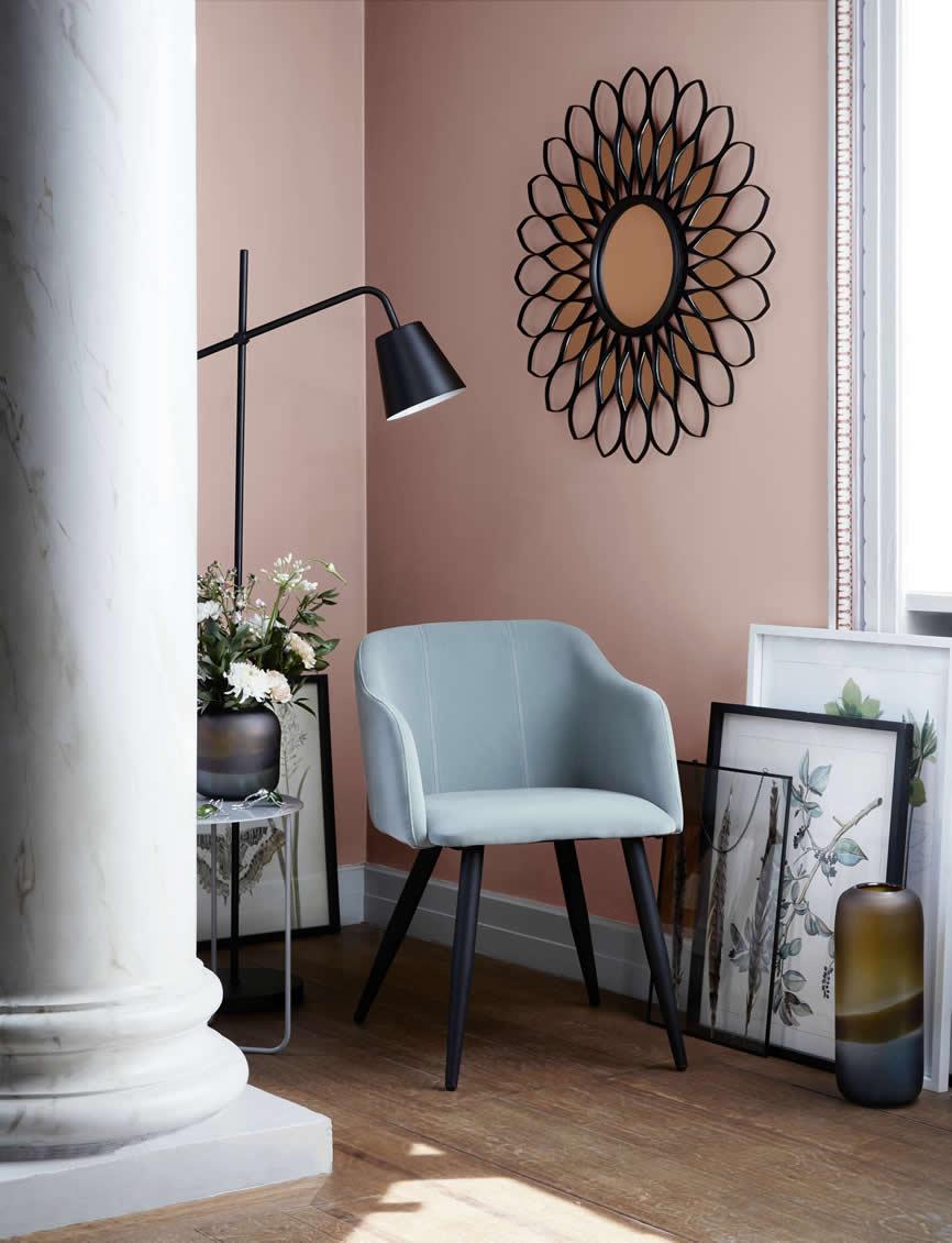 Broste stoel zacht groen met spiegel Flower