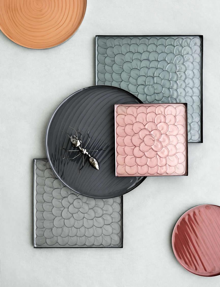 Ronde en vierkante dienbladen Sara van Broste