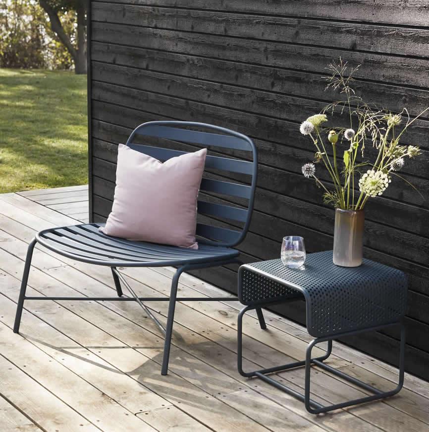 Loungestoel van Hübsch interior met bijpassend tafeltje (kruk)