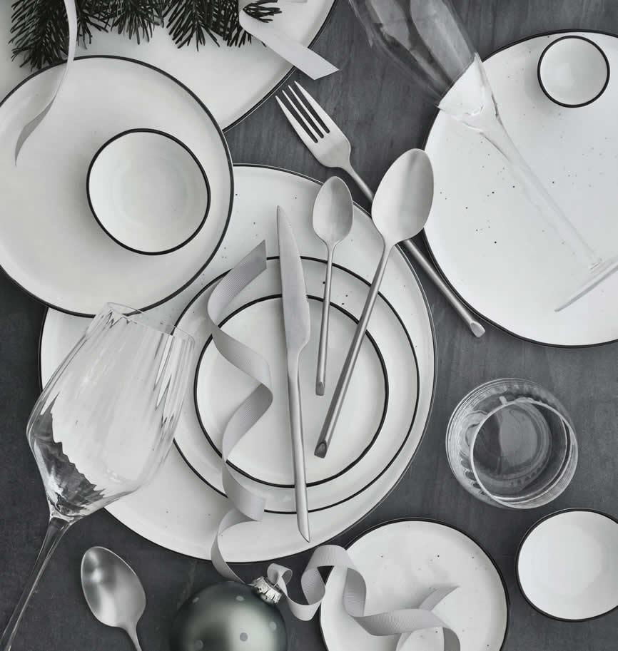 Salt servies van Broste, gemaakt van porselein